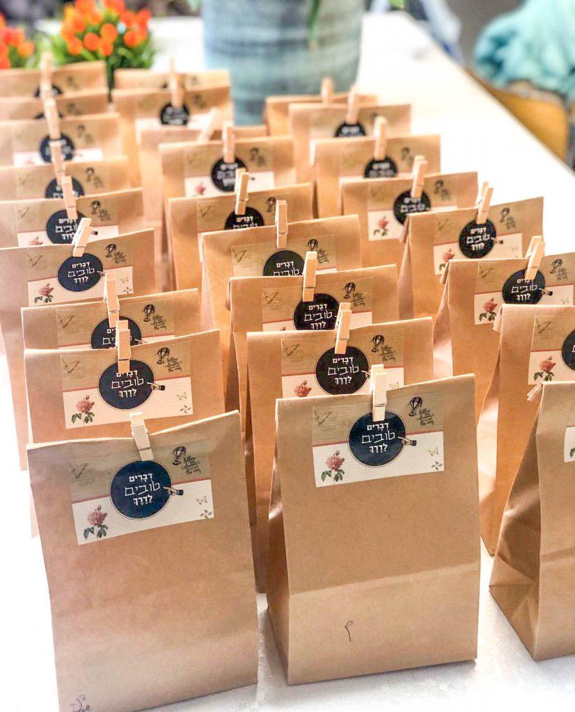 שירה כהן-פלד בעלת המותג FillaBox - מתנות שיוצאות מהקופסה.