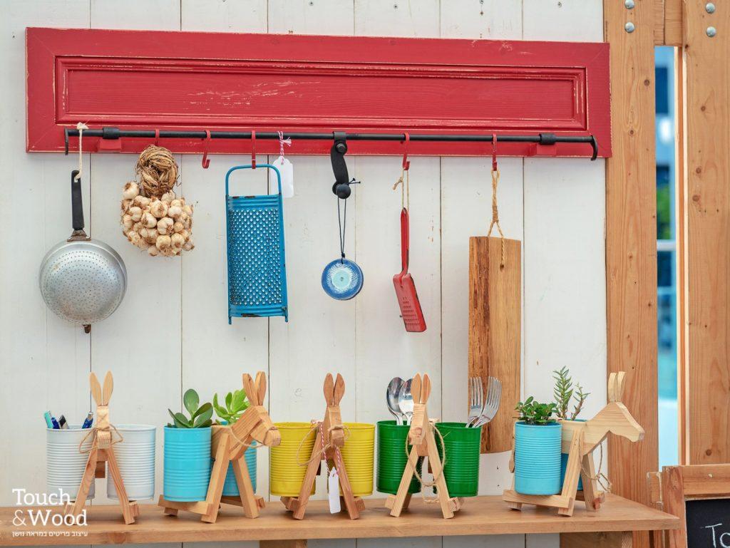 Touch & Wood הינו סטודיו לעיצוב וייצור פריטי ריהוט