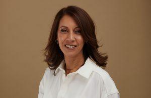 מירית מרלי מייעצת ומלווה בעלות עסקים בתחום העיצוב