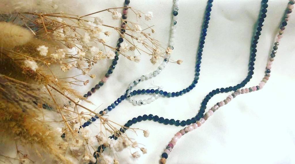 יפית קמחי תכשיטים בעבודת יד בשילוב אבני חן