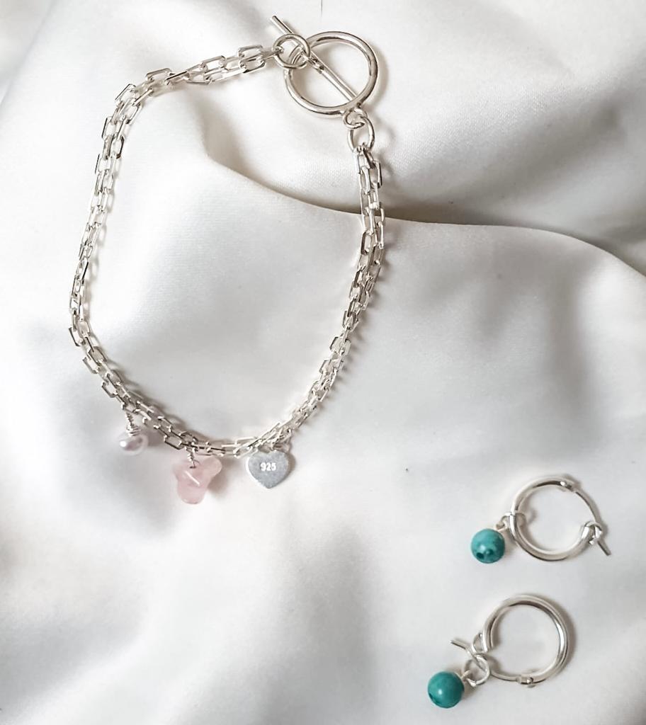 תכשיטים בעבודת יד בשילוב אבני חן