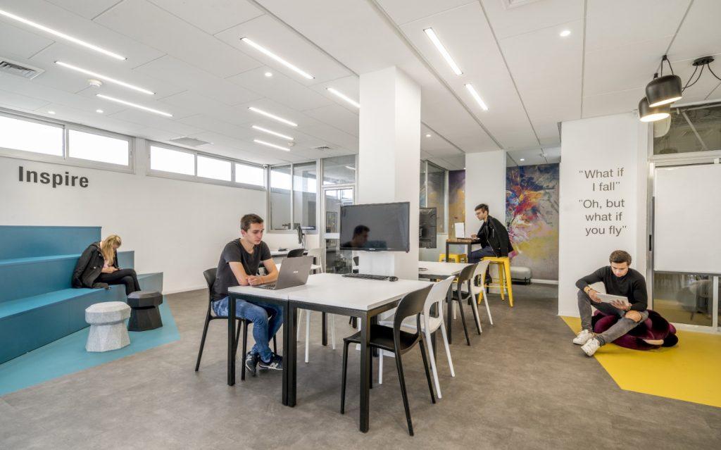 מלי פינץ תכנון ועיצוב סביבות עבודה