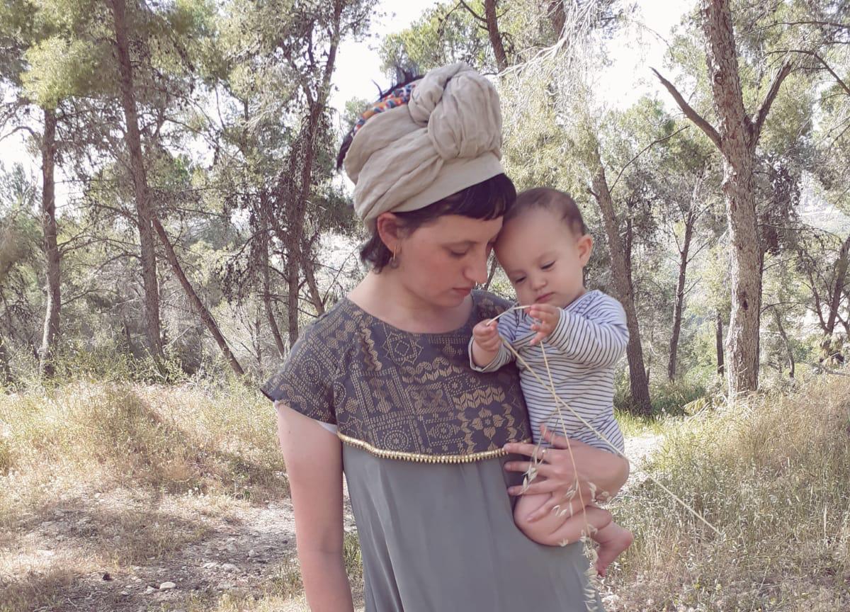 חני פיזנטה מעצבת לאימהות ואימהות שבדרך