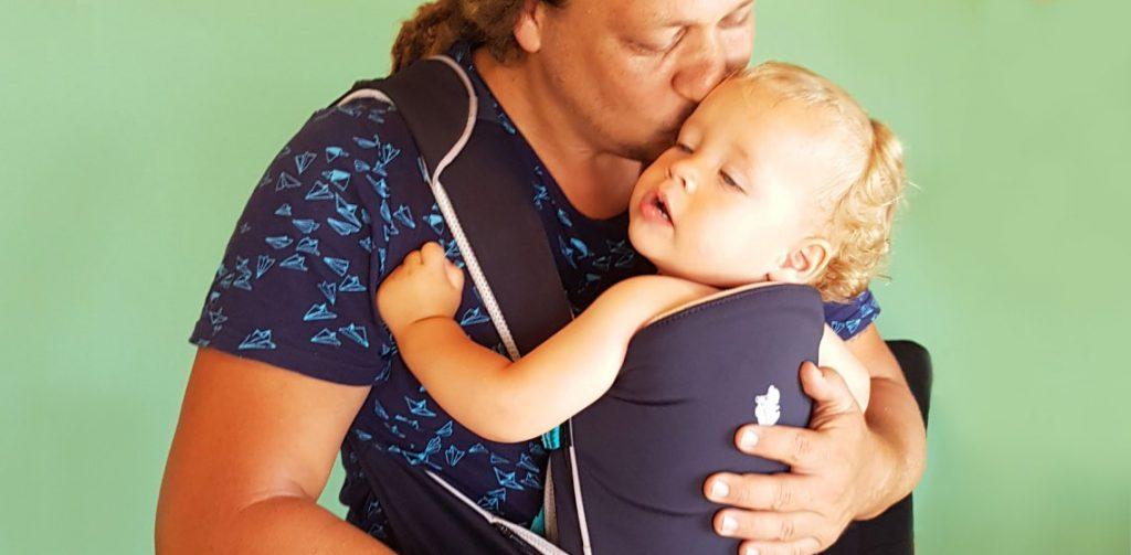 גלית גלבוע מנשאים לתינוקות
