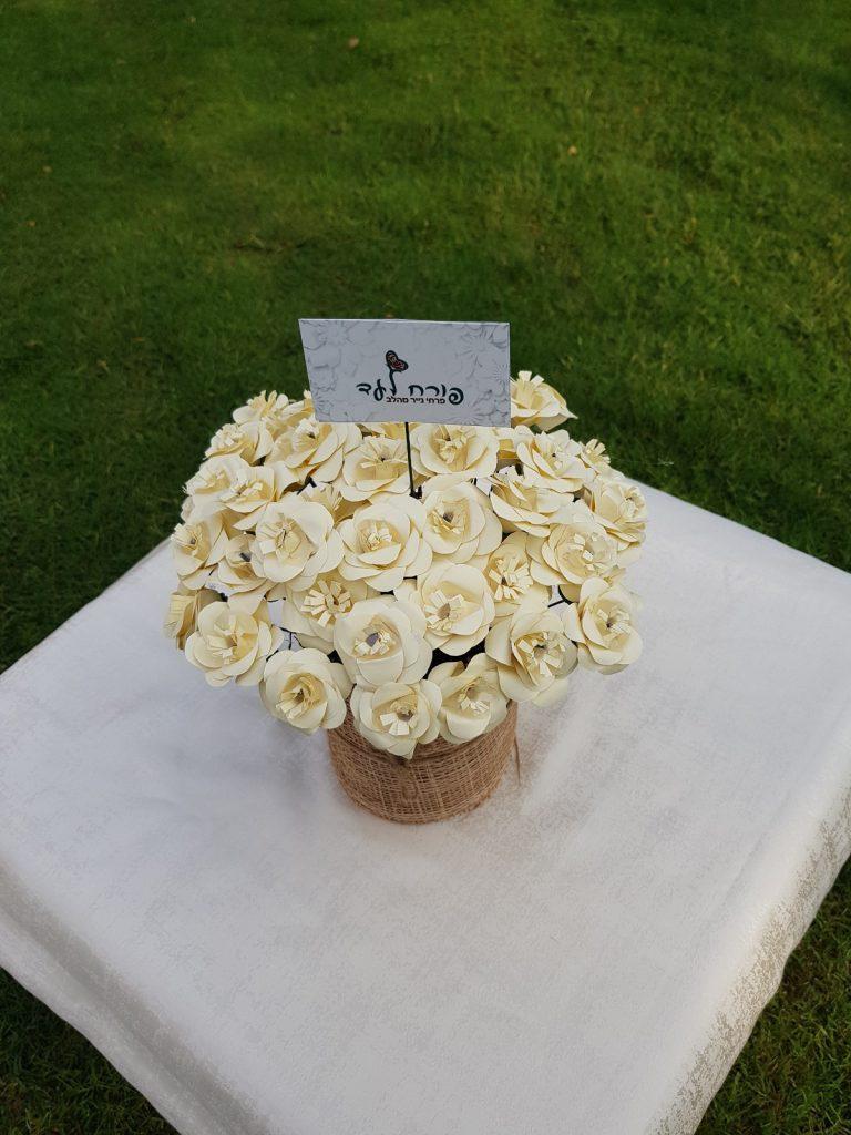 סלעית זנו עיצוב פרחים מנייר